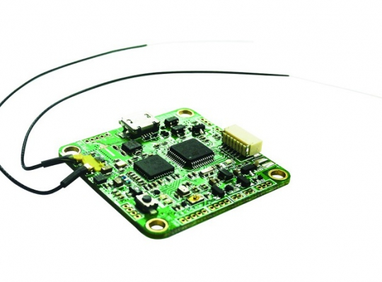 FrSky XMPF3E  F3EVO Flight Controller with built-In  XM+ Receiver